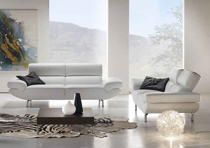 I divani in pelle con manifattura italiana prodotti per for Arredamenti tricca