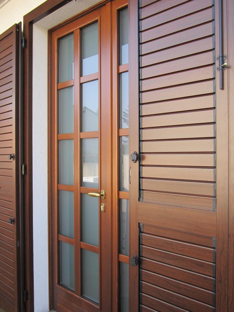 Preventivi per serramenti porte e finestre attenzione - Serramenti per finestre ...