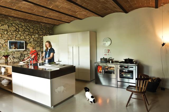 Forme essenziali per un design contemporaneo: le cucine a legna e ...