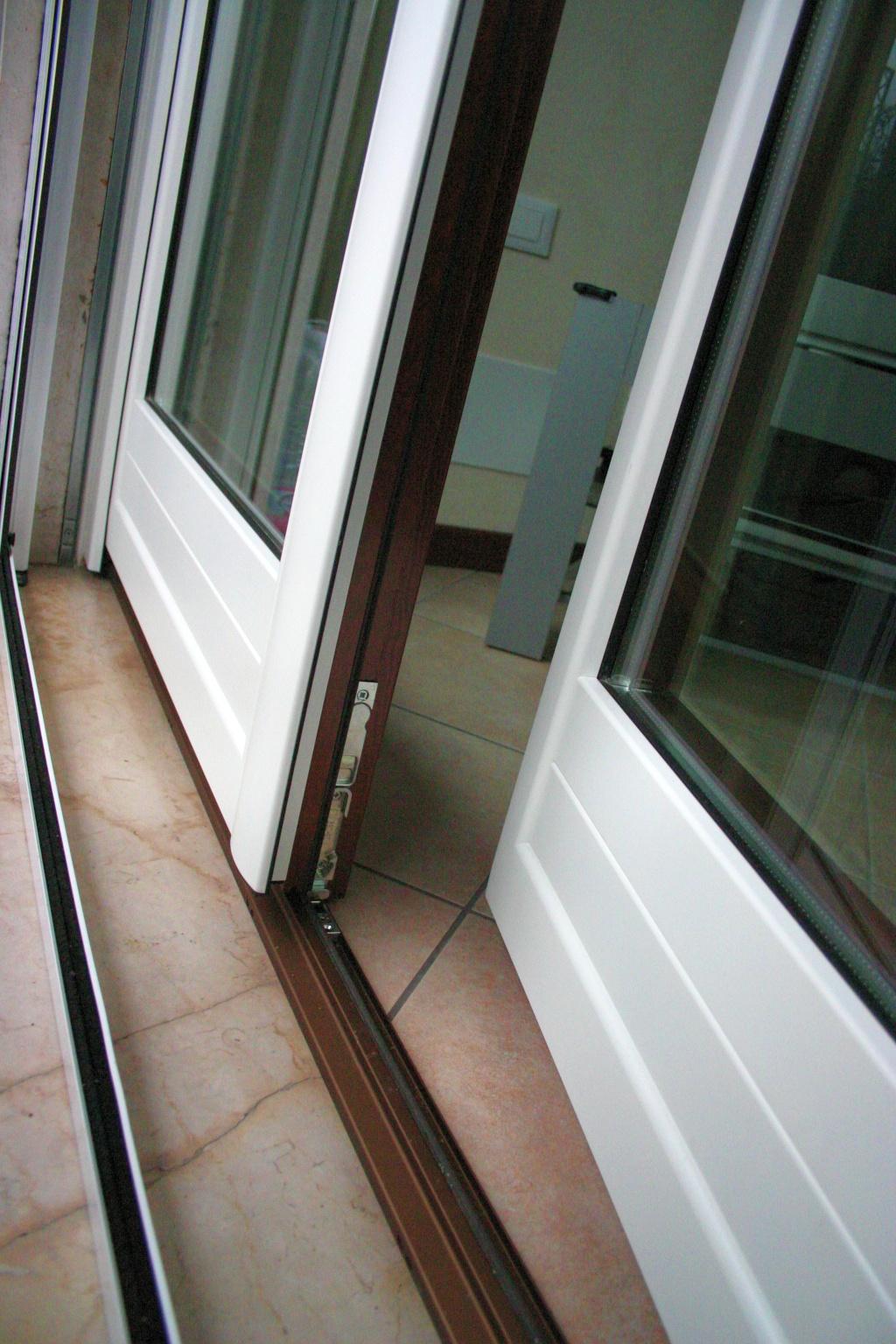 Infissi finestre e serramenti in legno alluminio for Infissi finestre