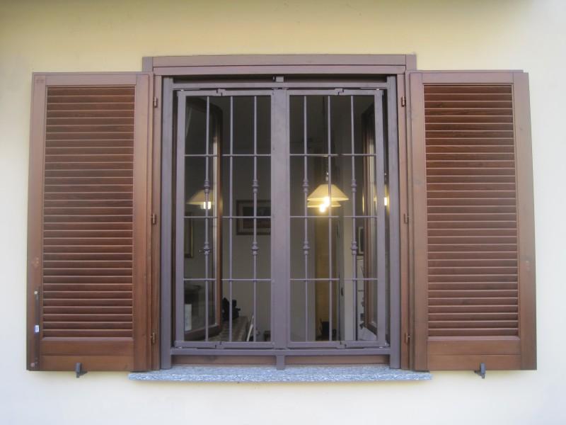 Inferriate di sicurezza solidità e bellezza di grate per porte e