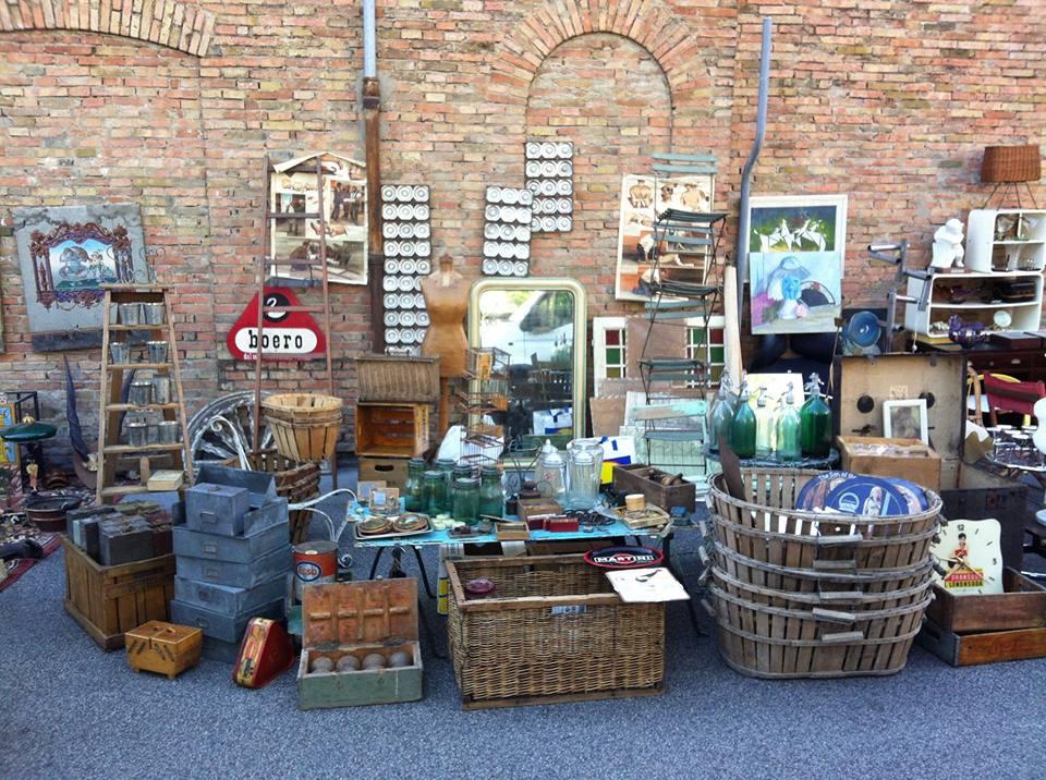 East market il mercatino vintage di milano torna domenica for Via giovanni ventura milano
