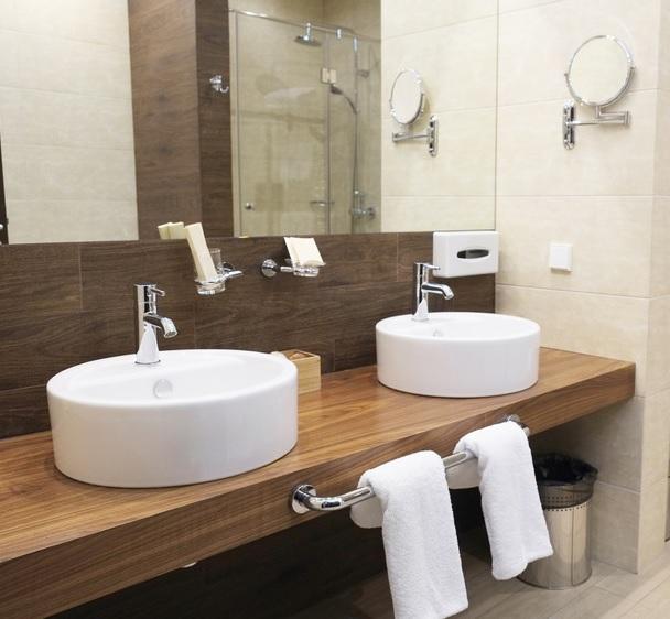 Complementi Arredo Bagno Roma.Il Nuovo Sito Fas Italia Dedicato Agli Accessori Bagno Per Hotel