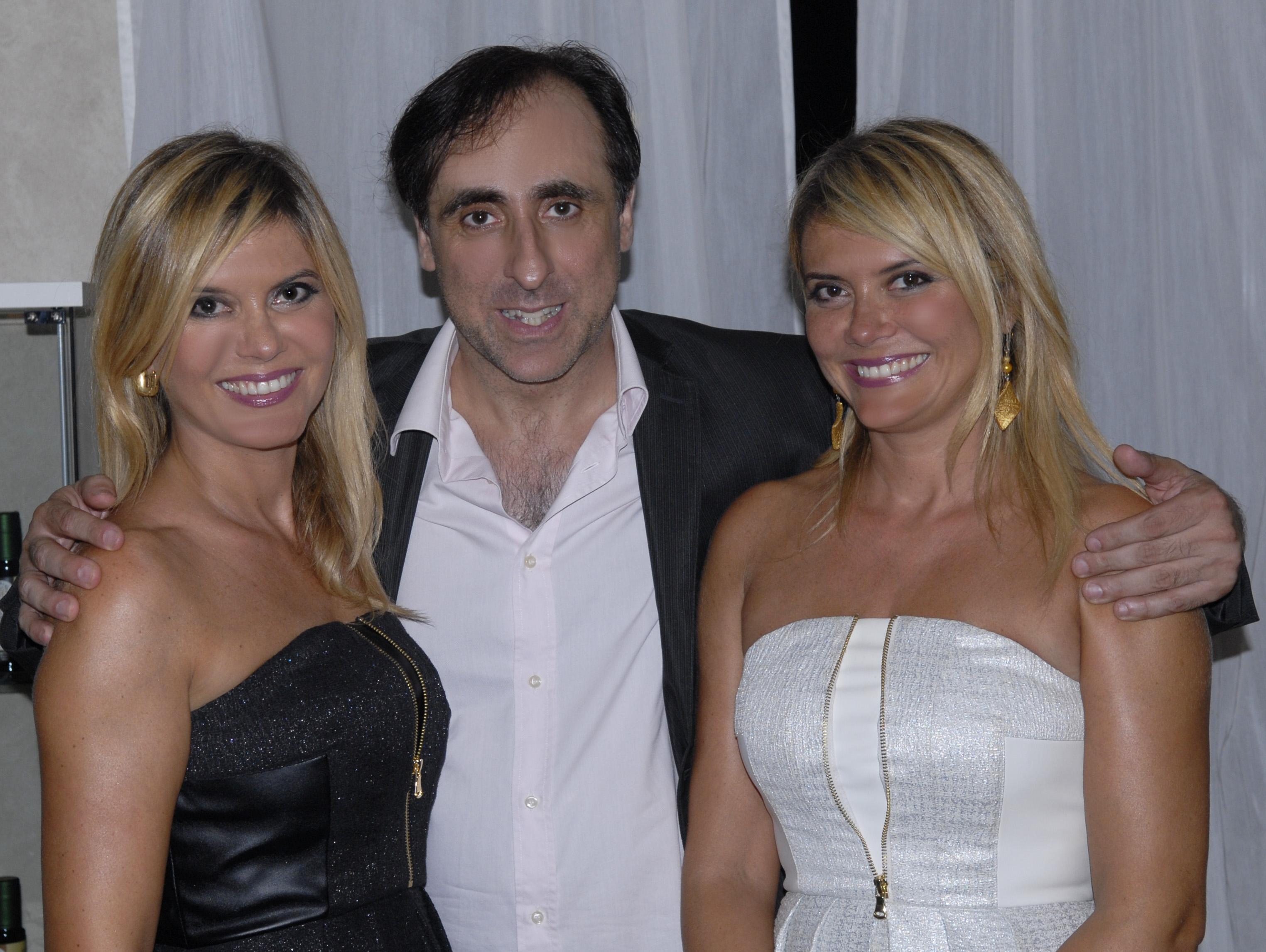 Le gemelle Laura e Silvia Squizzato con Antonello De Pierro