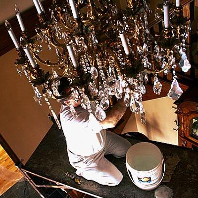 Come pulire un lampadario prodotti per la casa - Prodotti per pulire casa ...