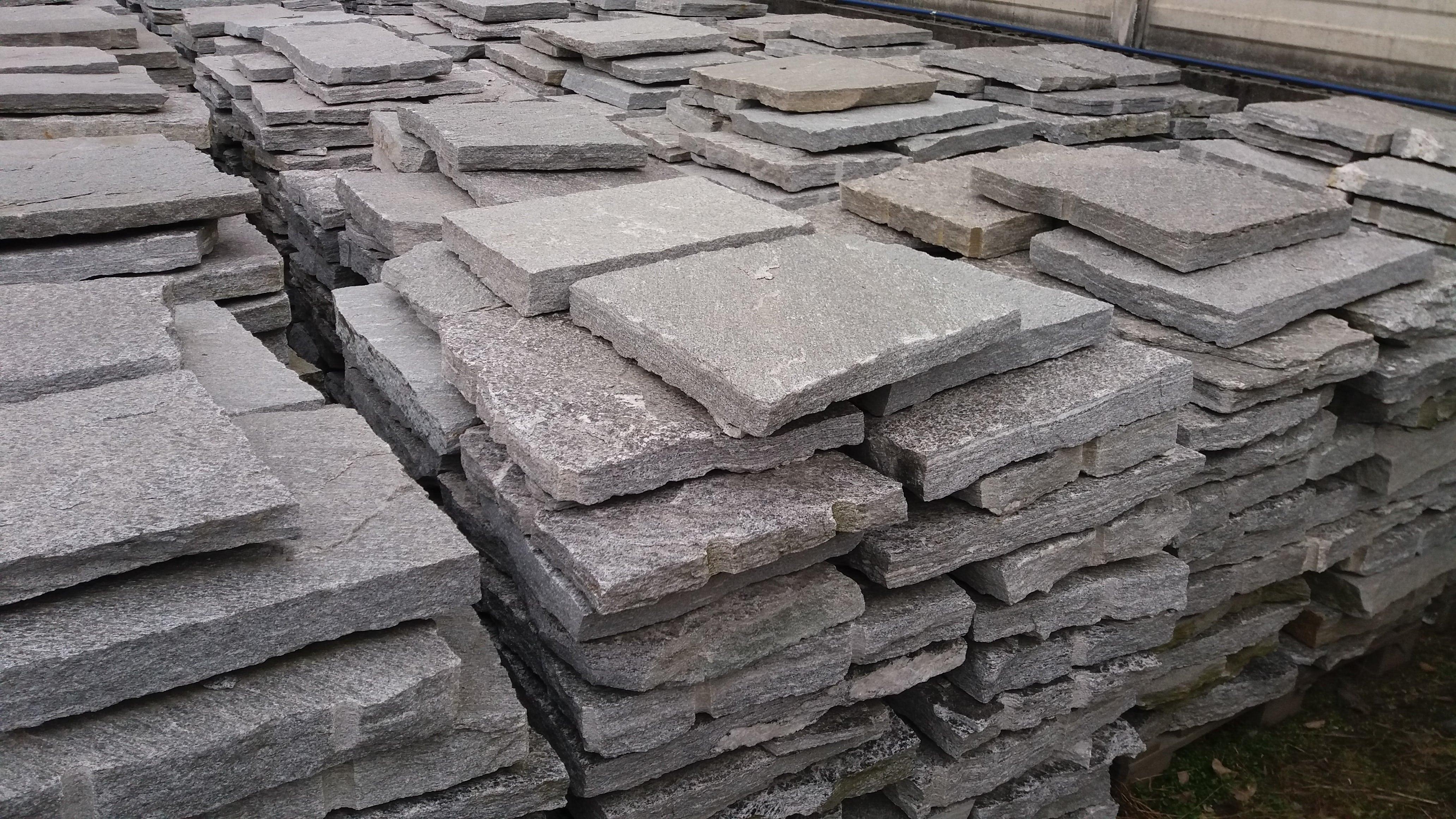 Scopri la tua pietra preferita tra i nostri marmi e - Pietre per esterni ...