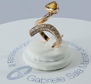 Luigi sala gioielli punta dritto al cuore moda e fashion for Paris vendome gioielli