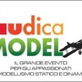 I brividi del Racing corrono sulla pista indoor di Ludica Model