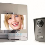 Avidsen presenta LUTA, il nuovo videocitofono a colori effetto specchio