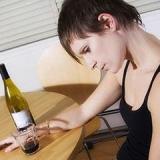 La spirale dell'alcolismo