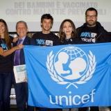 Vacciniamoli tutti: Ambient marketing di MagillaGuerrilla per la campagna Unicef