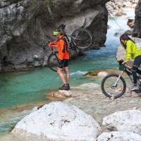 Guida cicloturistica alla scoperta di Barcis e Valcellina