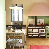 Il fascino senza tempo della ceramica: le cucine a legna e combinate BORGO ANTICO di J.CORRADI