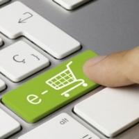 Shopping online, è mania tra gli italiani