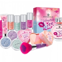 """essence trend edition """"like an unforgettable kiss"""""""