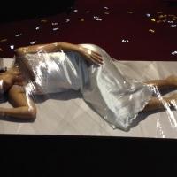 Lucca: L'artista Silvia Tuccimei commenta la sua originale performance creativa