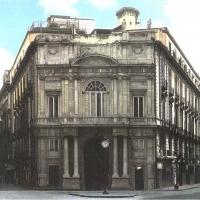 Vendesi Palazzo Doria D'Angri; meta imperdibile di pregiato fascino architettonico situata nel cuore di Napoli