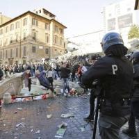 Violenza ultrà olandesi a Roma, l'indignazione di De Pierro