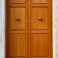 Sicurezza: serramenti e infissi, porte blindate e portoncini in legno con detrazione del 50%