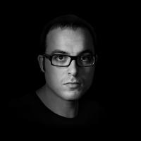 Intervista di Alessia Mocci a Federico Li Calzi, autore del romanzo Nove periodico