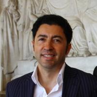 Possagno: Numeroso pubblico per la visita guidata di Vittorio Sgarbi al Museo Gipsoteca Canova