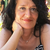 """Spoleto: Lolita Rinforzi, rinomata poetessa, presenta il suo ultimo libro """"Un cuore in trasparenza"""""""