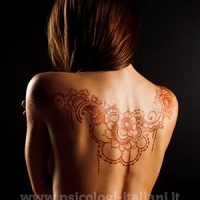 Perché si ricorre al tatuaggio? Cosa si nasconde dietro il tatuarsi?