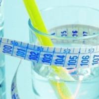Contro la cellulite meno sale e più liquidi