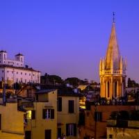 """Pernottare ad Hotel Centrale, nel cuore di Roma all'angolo con via Margutta, significa """"vivere"""" il centro della città magica e da lì partire per le mete d'arte e di shopping"""