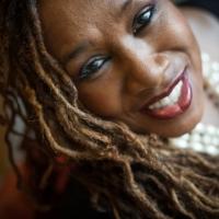 La voce Denise King tra jazz e gospel dal vivo all' Elegance Cafè