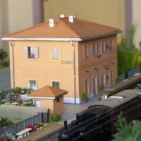 La stazione ferroviaria di Cori rivive in un plastico realizzato dal geom. Pier Vittorio Di Lembo che restituisce un'immagine pubblica di un luogo impresso nella memoria storica
