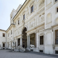 Una cordata romana per la caffetteria e cucina di villa medici