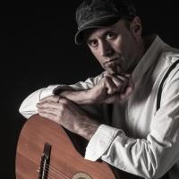 ALFONSO DE PIETRO: dopo il successo della sua campagna di crowdfunding, esce col singolo L'INDIFFERENTE, primo estratto dal suo nuovo album DI NOTTE IN GIORNO