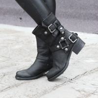 Stili e tendenze di scarpe donna: scopri ricattishoes.it