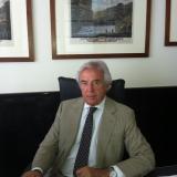 L'Aspesi riscopre il passato e lancia il futuro Franco Minardi torna a ricoprire il ruolo di Presidente dell'Aspesi, Federico F. Oriana Amministratore Delegato