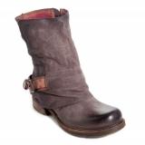 Stivaletti mon amour, le novità in fatto di calzature donna.