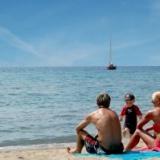 Sorrisi e piedi scalzi, le migliori vacanze in alberghi a Riccione per famiglie.