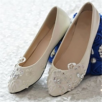 Searching Methods for Women's Shoes for your Special Occasion