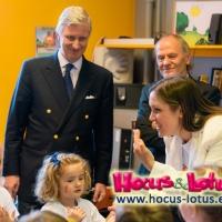 Il Re del Belgio incontra Hocus&Lotus, i dinocroc che insegnano le lingue ai bambini