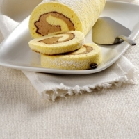 Rotolo di pasta biscotto con crema al caff�