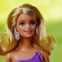 Ecco come poter avere capelli lisci come Barbie