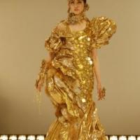 l'Oro Torna nelle Sfilate di Moda