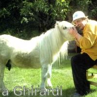 "Piera Ghirardi, ""l'Angelo Custode"" degli  animali."
