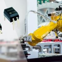 Omron amplia la gamma con nuovi relè MOSFET per correnti e voltaggi elevati