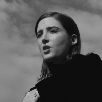 "ANTEPRIMA NEWYORKESE PER IL NUOVO VIDEOCLIP IN INGLESE DI NOEMI SMORRA, ""THIS SONG"""