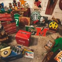 Tanti Auguri East Market, il mercatino delle pulci milanese compie due anni