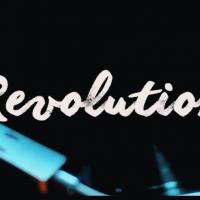 GLOSIE, un video glam per accompagnare REVOLUTION, tra pop ed elettronica moderna