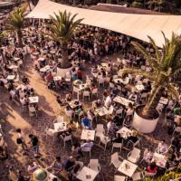 """Inizia la stagione degli eventi a Lignano:  """"festa delle cape"""" e intrattenimento firmato Tenda Bar"""