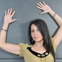 """""""Vivi"""" è il debutto radiofonico di Melissa La Giglia"""