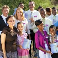 """Familiile de limba română sunt invitate  la congresul Martorilor lui Iehova intitulat """"Să ne păstrăm iubirea față de Iehova!"""""""